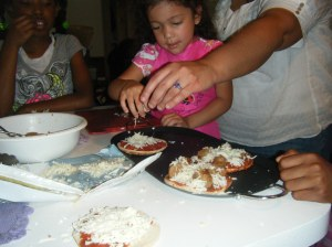 Kelle Cooking With Kids