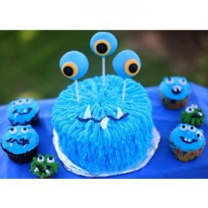 racheldomesticated-monster-cakeCassie sweetz